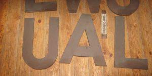 Antike Baustoffe Produkt Blechbuchstaben