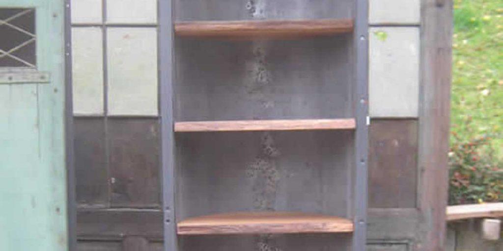 Antike Baustoffe Produkt Schrank